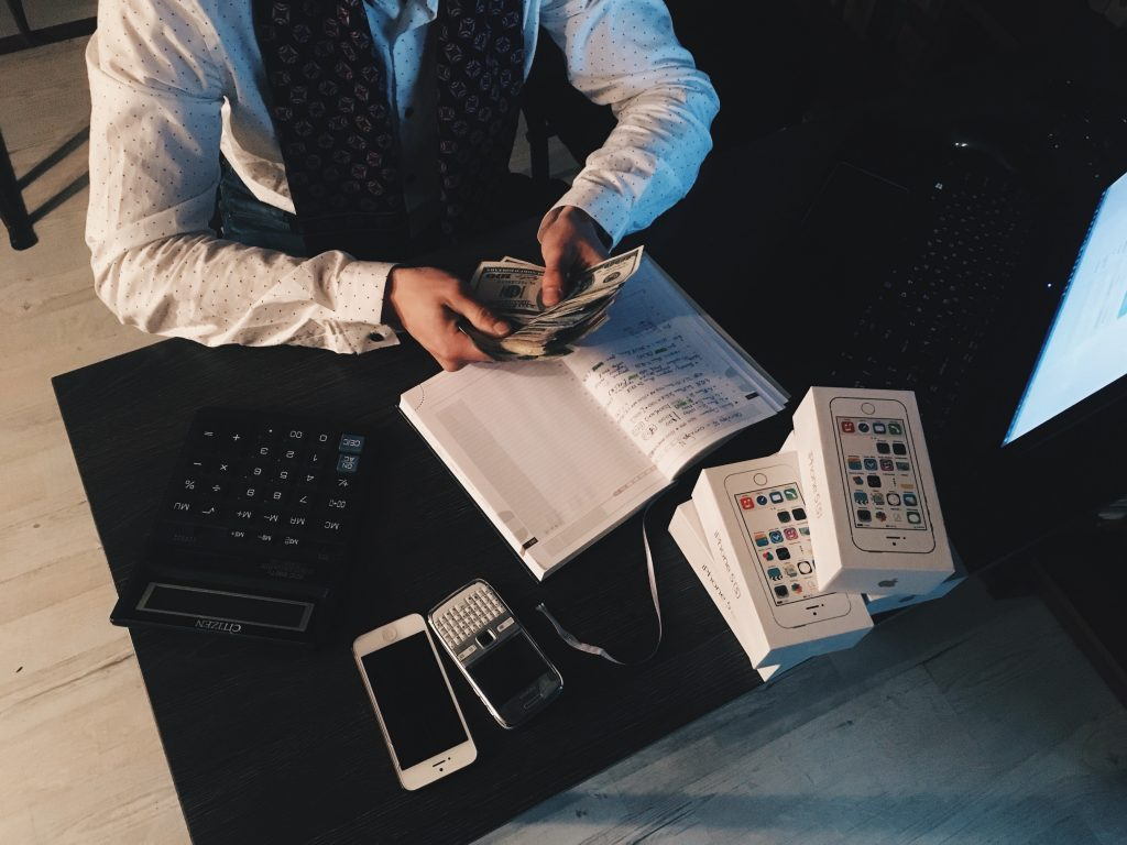 Lo que pensemos del dinero se refleja en los resultados que tengamos con respecto a él.
