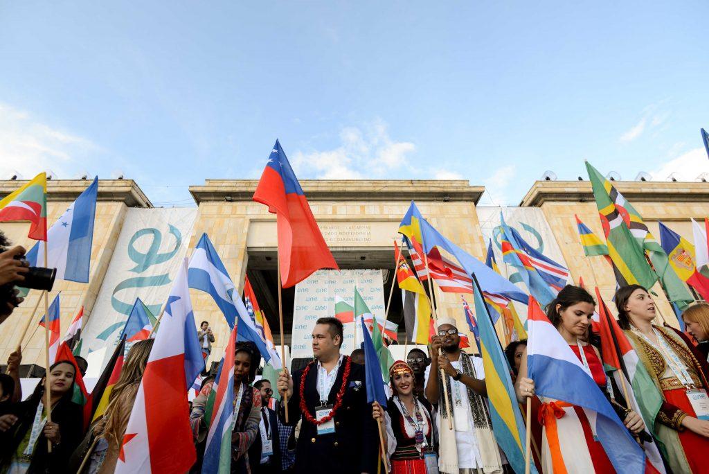 Yunus habló a los jóvenes en One Young World.