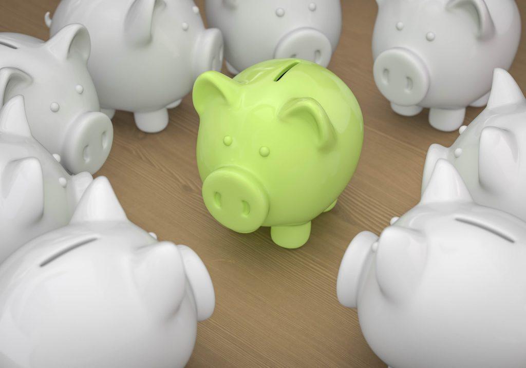 Ahorrar es clave para que logres un balance financiero.