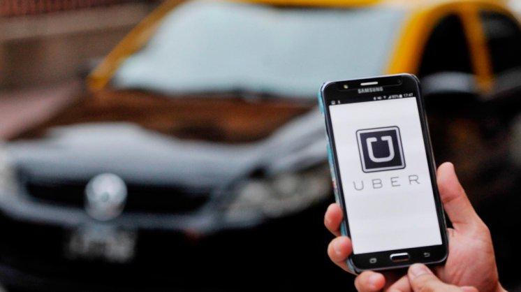 Uber le apuesta a los vehículos autónomos.