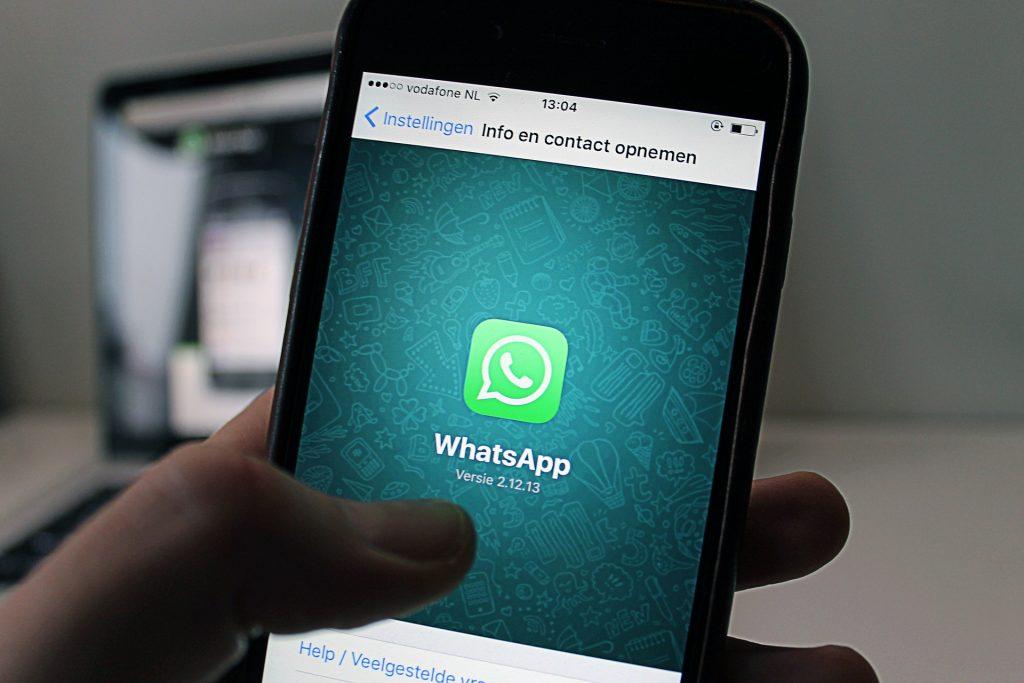 Whatsapp y la renuncia de Jan Kowm.