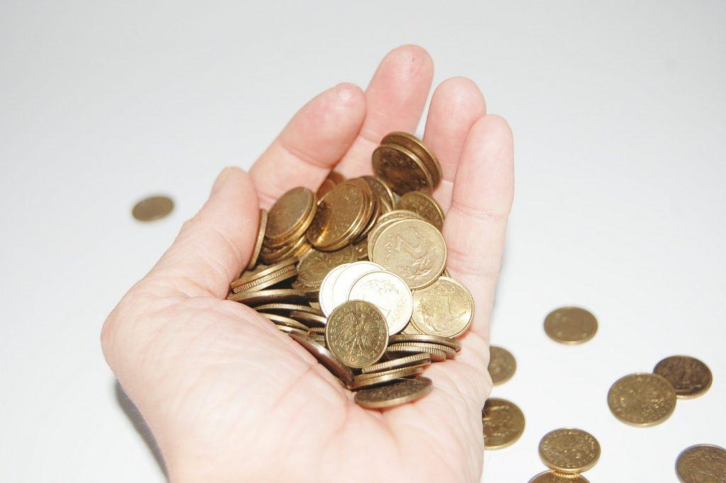 El pago en efectivo tiene sus ventajas.