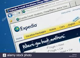 Despegar.com compite con Expedia.