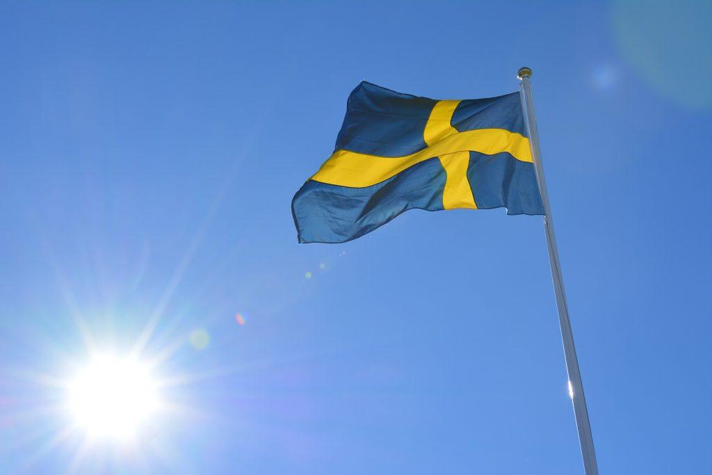 El valor de la billonaria Apple supera el PIB de Suecia.