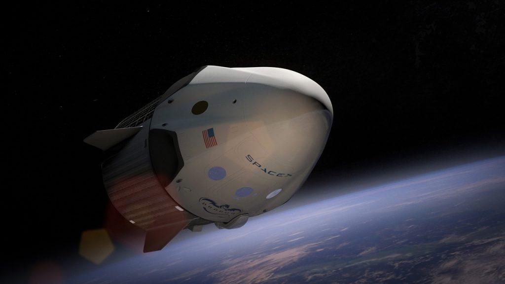La estrategia de SpaceX también es recortar personal.