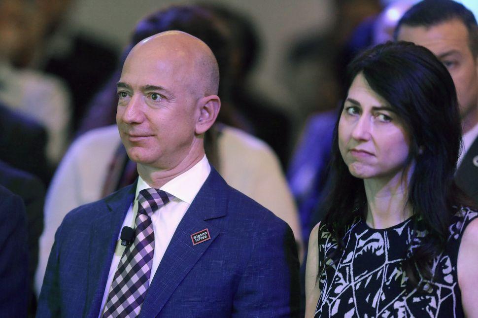 Noticia sobre Amazon y Tesla - Hyenuk Chu