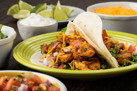 Chipotle Mexican Grill se especializa en comida mexicana - Hyenuk Chu