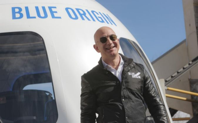 Por Blue Origin Jeff Bezos vende sus acciones de Amazon - Hyenuk Chu