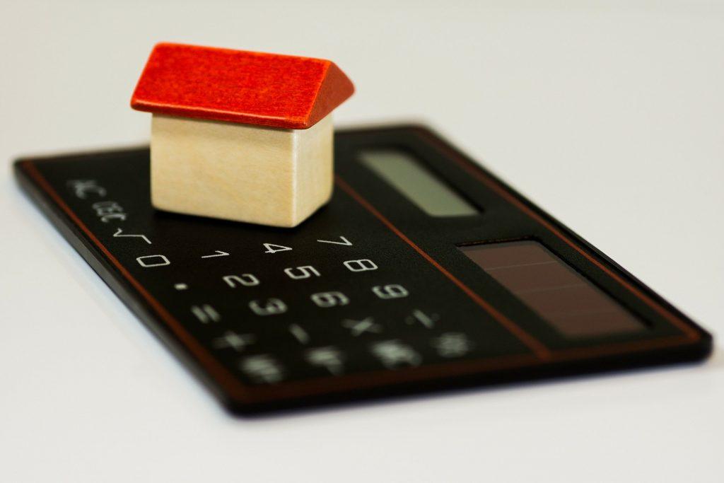 Los bienes raíces estaban sobrevalorados dice la Reserva Federal - Hyenuk Chu