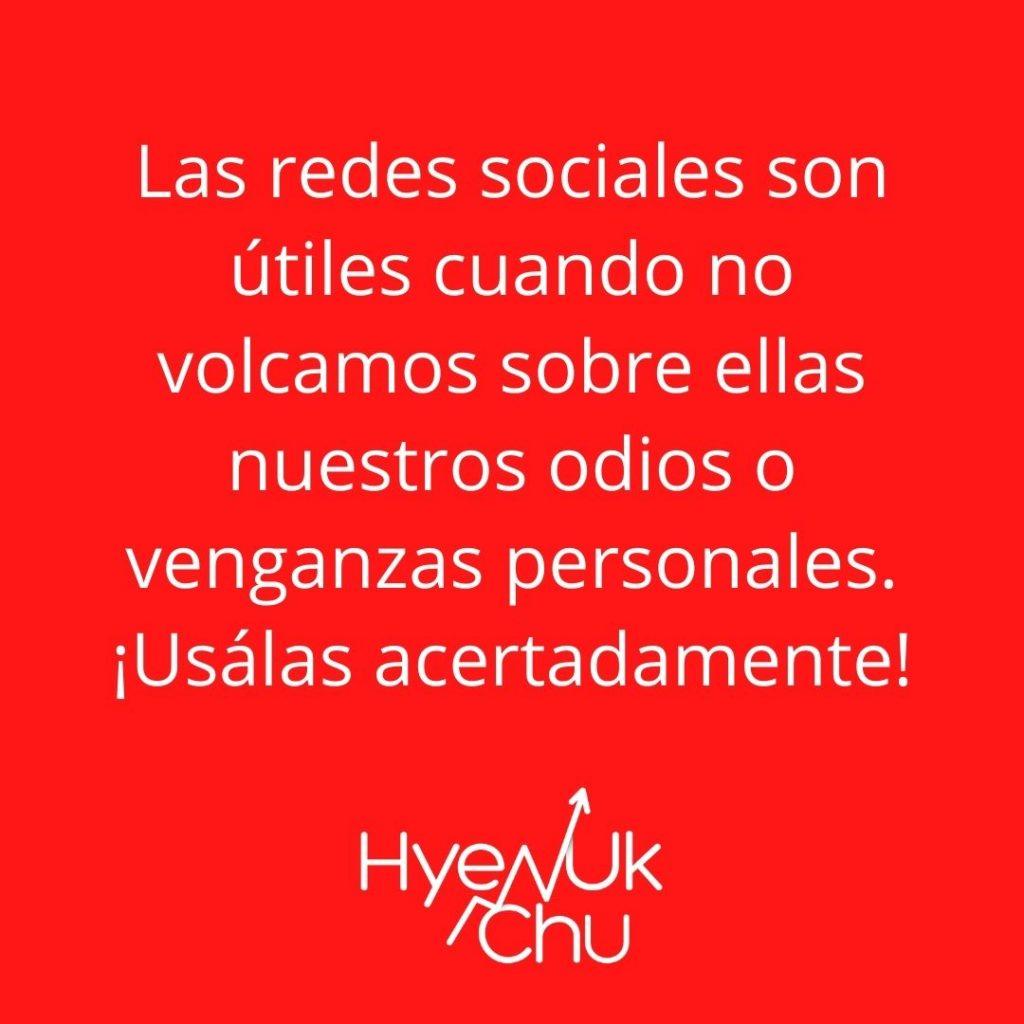 Dato sobre redes sociales y política - Hyenuk Chu