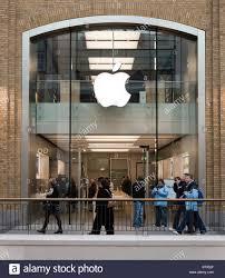 El lanzamiento del iPhone 12 causó efectos en las acciones de la empresa - Hyenuk Chu