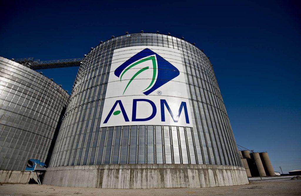 ¿Quieres saber cómo invertir en el sector agrícola? ADM es una de las muchas alternativas