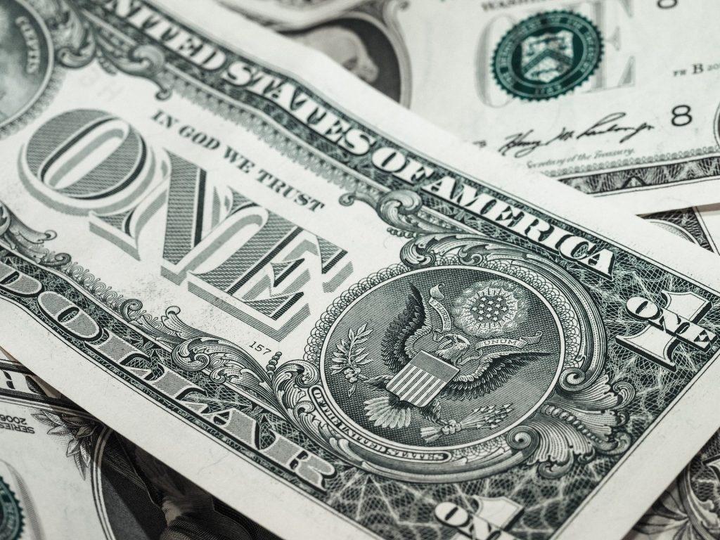 Una de las 20 reglas de oro para invertir en acciones es tener capital