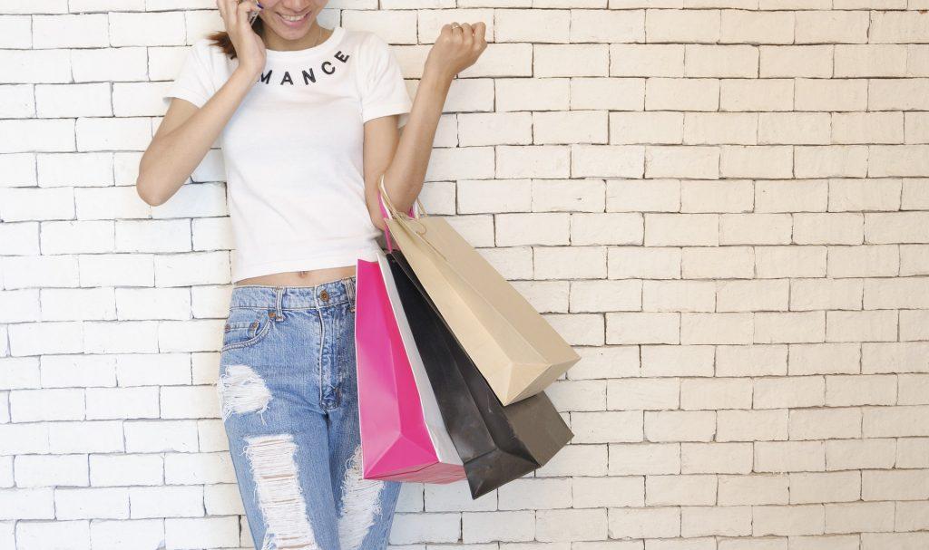 La falta de educación financiera se refleja en las compras desmedidas
