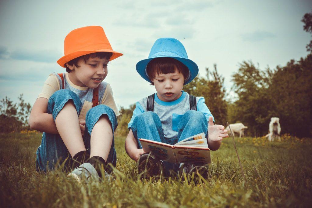 Fomentar la educación financiera para niños de primaria es urgente