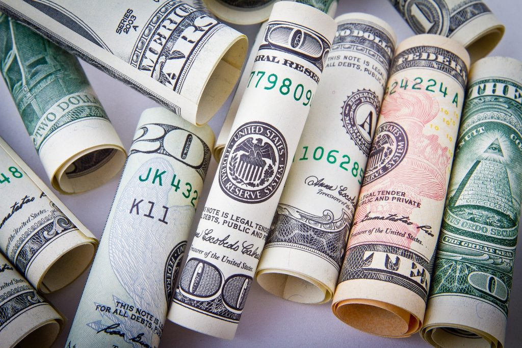 Para invertir en la Bolsa de Valores no necesariamente requieres mucho dinero
