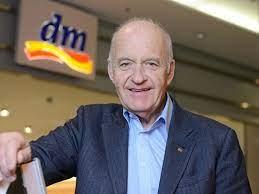 Fundador de la empresa que hizo millonario a Lehmann, el millonario más joven