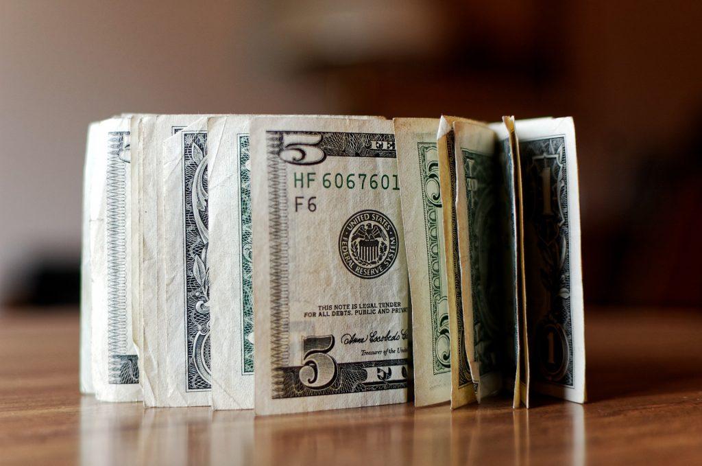 En la vida, El juego del calamar lo gana quien maneje mejor el dinero